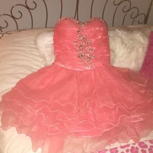 Short homecoming or prom dress pink